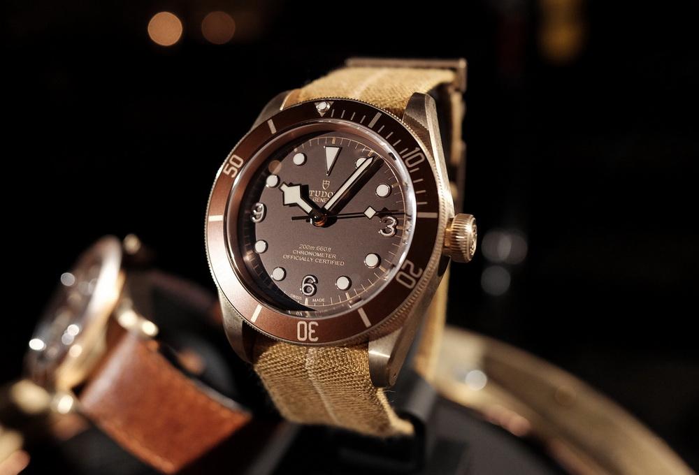 Бронзовые часы Tudor Black Bay Bronze