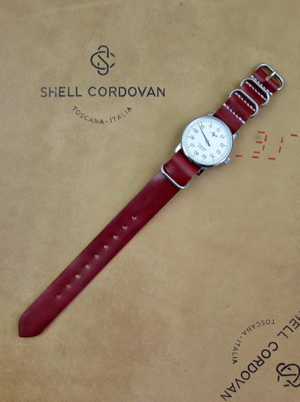 Красный ремешок ZULU из Shell Cordovan
